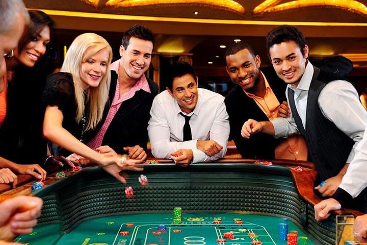 Gambling In Vegas – 8 Ideas To Enjoy Gambling There - Casinos Slots Usa